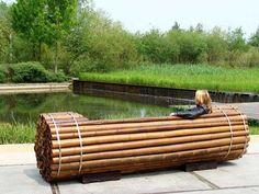 """Pile Isle"", an Artistic Bamboo Urban Bench"