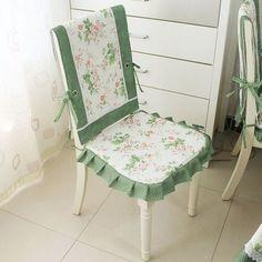 capa-para-cadeiras-e-poltronas-flores