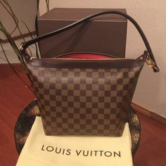 Authentic LV illovo In amazing condition! Louis Vuitton Bags Shoulder Bags