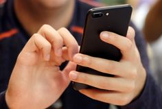 Detecting depression: phone apps could monitor teen angst Iphone Novo, Iphone 7, Google News, New Technology, New York Times, Addiction, Politics, Teaching, Blog
