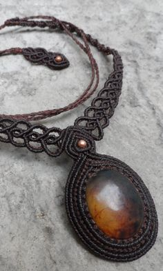 Amber Macrame necklace stone size approx 3.7/2.5 by LaQuetzal