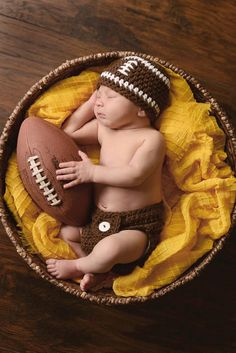 New Ideas Baby Boy Newborn Pictures Football Photography Props Baby Boys, Baby Boy Football, Baby Boy Newborn, Newborn Football, Newborn Diapers, Baby Boy Photos, Newborn Pictures, Baby Pictures, Newborn Pics
