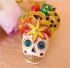 #Aprilwe  Fruit Skull Ring