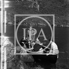 The WAR Wicklow Adventure Race Glendalough is a Kayak Race for the best of the best. But even in the past our ancestors did this Race, but not with Kayaks. Find out how they survived this adventure by having a look at our photos at the Irish Photo Archive.. Kayaks, Photo Archive, The Gathering, Irish, The Past, Survival, Events, War, Adventure