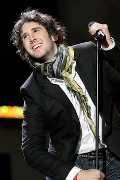Josh Groban - sounds great, and is so geeky and sarcastic...brilliant!