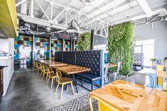 Buscá imágenes de diseños de Comedores estilo industrial de SZTUKA  Laboratorio Creativo de Arquitectura. Encontrá las mejores fotos para inspirarte y creá tu hogar perfecto.