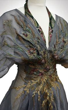 Something like this embroidery  would make my kimono sleeved floaty dress infinitely more WEARABLE.... Ellaria Sand flower costume - season 5