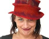 Mad hat me please.....ArianeMariane on Etsy