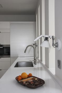 Santos kitchen solutions for the laundry worktop mounted - Persiana mueble cocina ...
