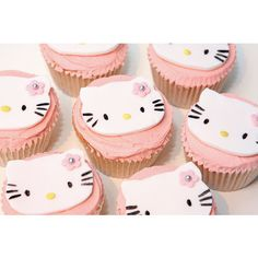 Helly Kitty cupcakes