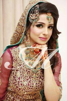 PaKiStAnİ WeDDinG BriDe !!!!!! Pakistani Wedding Dresses, Pakistani Bridal, Bridal Wedding Dresses, Bridal Outfits, Wedding Bride, Beautiful Bridal Makeup, Bridal Beauty, Beautiful Bride, Bride Costume