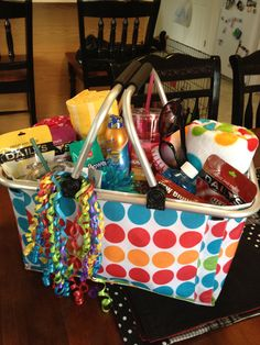 End of year teacher gift that we made for liam's teacher last year, be Teacher End Of Year, School Teacher, School Days, Teacher Christmas Gifts, Teacher Gifts, Teacher Gift Baskets, Raffle Baskets, Preschool Gifts, Vinyl Gifts