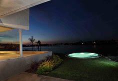Casa del Cabo: Piletas de estilo moderno por Remy Arquitectos
