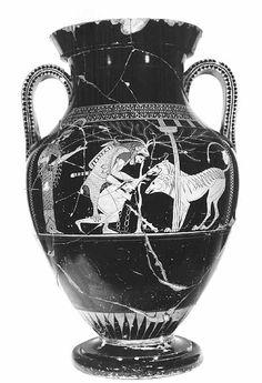 TDO 2 - Amphore bilingue ~-530/-520 Terre cuite peinte H: 58cm  D: 38cm Auteurs: Peintres d'Andokidès et de Lysippidès Provenance/prod: Athènes Conservation: MdL, Salle 1 (Grèce Préclassique), aile Denon ( F 204).  Face A: Héraclès et Cerbère (peintre d'Andokidès) = Fig rouges. Face B: Dionysos, Ariane?, et satyres (peintre de Lysippidès) = Fig noires.
