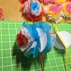 f:id:rainbowstripe:20160613165113j:image Crafts For Kids, Arts And Crafts, Tissue Paper Crafts, Paper Lanterns, Gift Wrapping, Gifts, Image, Pom Poms, Crafts For Children