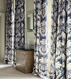 [New] The 10 Best Home Decor (with Pictures) - Timeless elegance! Shown Tennyson in blue. Damask Curtains, Curtains With Blinds, Valances, Beautiful Space, Beautiful Homes, House Beautiful, Beautiful Bedrooms, Window Coverings, Window Treatments