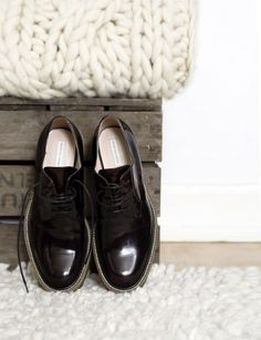 Shoeosis.com - your one and only place for good shoes. #men #men's #shoes #business #fashion #trendy #shoeosis #designer #brown #black #sleek #CEO #boss More amazing shoes at Shoeosis.com