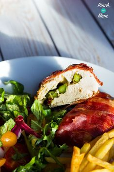 Low Syn Mozzarella and Asparagus Stuffed Chicken and salad | Slimming World