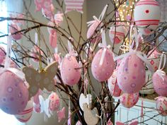 pink and white Easter tree