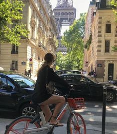 City Aesthetic, Travel Aesthetic, Summer Aesthetic, Paris 3, City Vibe, Living In Europe, Moving To Paris, European Summer, Oui Oui