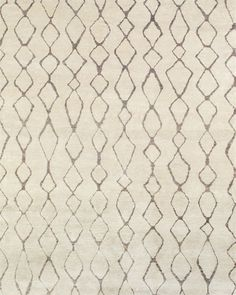 Hand knotted in pure viscose the simple patterns of the Momodo Collection are African-inspired. Clean contemporary designs possess a subtle shimmer and a soft hand lending light and elegance to modern