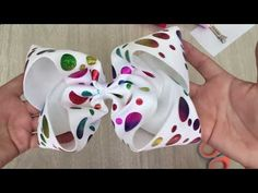 Jumbo Boutique Nueva técnica !! - YouTube Baby Hair Bows, Bow Tutorial, Barbie, Making Hair Bows, Diy Bow, Boutique Bows, S Girls, How To Make Bows, Diy Hairstyles