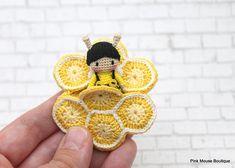 CROCHET PATTERN: Amigurumi Honeycomb Crochet Bee Kawaii Boy