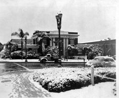 Burbank City Hall covered in snow, a rarity in the San Fernando Valley, January 10, 1949. Burbank Historical Society. San Fernando Valley History Digital Library.