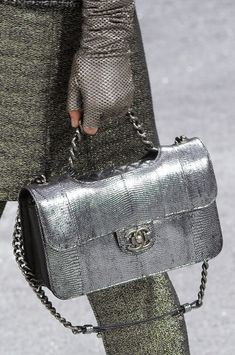 Chanel Fall 2012 - Details  #handbags