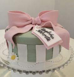 bolo caixa presente pasta americana - Pesquisa Google
