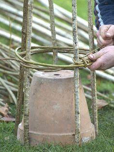 Make willow garden supports