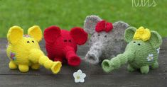 Here are two ways how to knit Flower Power Elephants - round and flat. Here is a pattern for a funny knitted elephant. The pattern is fo...