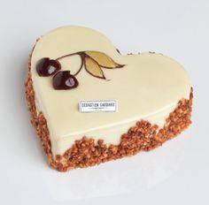2014 - Marcolini - Cœur griotte pistache : biscuit amande imbibé à la cerise, crème pistache et griottes acidulées