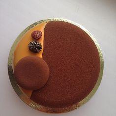 Chocolate & Mango Passion fruit Этот торт и не только он, сегодня уехал в…