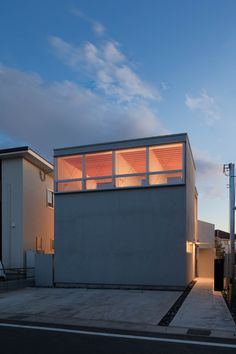Image 15 of 24 from gallery of House K / Shinta Hamada Architects. Photograph by Kenichi Suzuki