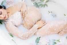 The Latest Trend For Pregnant and New Moms Is Seriously Stunning