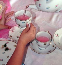 Fruit tea in china cups!