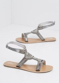 78a59dd83152 Show off your pedicure in style with these stunning sandals! Made of sleek  faux leather
