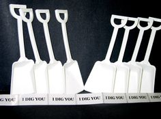 36  Pink White 18 ea Toy Shovels /& 36  I Dig You Stickers Mfg USA Lead Free*