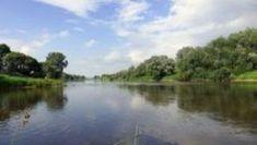 Die Weser ist ein 451,4 km langer Fluss, der das norddeutsche Tiefland durchfließt. https://bundesland24.de/fluesse/die-weser/
