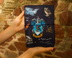 Ravenclaw Crest Art - Harry Potter Gift - Harry Potter Journal - Travelers Notebook - Ravenclaw Gift Hand Painted Leather A5 Size Journal - Sanati Factory #handpaintednotepad #harrypotter Personalized Journals, Custom Journals, Handmade Journals, Leather Books, Leather Notebook, Leather Journal, Harry Potter Journal, Harry Potter Gifts, Leather Sketchbook