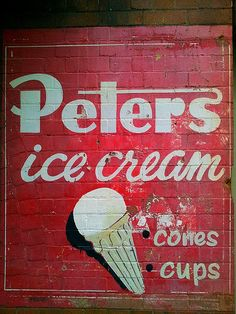 Classic painted Peters ice cream poster, Sydney, New South Wales Old Posters, Vintage Posters, Advertising Signs, Vintage Advertisements, Retro Ads, Vintage Walls, Vintage Signs, Ice Cream Poster, Vintage Ice Cream