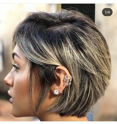 Apr long pixie with golden blonde balayage do you find yourse Blonde Highlights Short Hair, Blonde Balayage, Pixie Bob Hairstyles, Straight Hairstyles, Bob Haircuts, Short Hair With Layers, Short Hair Cuts, Short Layered Haircuts, Layered Hairstyles