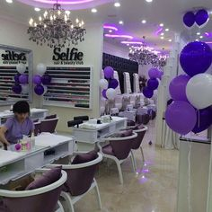 Hair Salon Interior, Nail Salon Decor, Salon Interior Design, Beauty Salon Design, Home Salon, Nail Bar And Spa, Beauty Room Decor, Spa Rooms, Nail Room