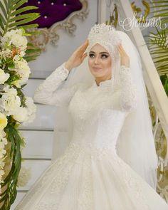 Setri Nur Cemre Our Model Setr-i Nur .- Setri Nur Cemre Our Model❄️❄️❄️💕💕💕 Setr-i Nur … Setri Nur Cemre Our Model❄️❄️❄️💕💕💕 Setr-i Nur … Check more at wedding. Arabic Wedding Dresses, Muslim Wedding Dresses, Wedding Hijab, Muslim Brides, Wedding Dresses Plus Size, Princess Wedding Dresses, Bridal Hijab Styles, Bridal Gowns, Wedding Gowns