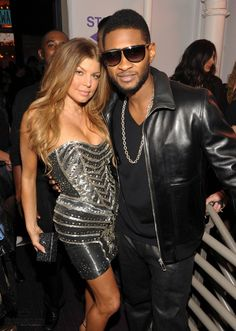 The Girl in College: Fergie & Usher at the 2010 American Music Awards