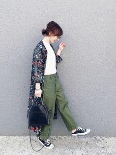 instagram@rainbowkwok2  * コメントやDMは、 instagramにお願い致します♥︎ Kimono Jacket, Sweater Jacket, Normcore, Spring Summer, Japanese Style, Work Outfits, My Style, Womens Fashion, Sweaters