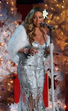 It's Officially Christmastime Because Mariah Carey Is In Her Christmas Clothes
