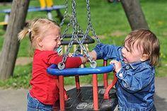Kleinkinder streiten