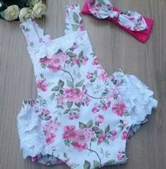 Ideas sewing clothes kids bib pattern in 2020 Baby Dress Patterns, Baby Clothes Patterns, Cute Baby Clothes, Fashion Kids, Latest Fashion Clothes, Sewing Clothes, Doll Clothes, New Trend Dress, Baby Ruffle Romper
